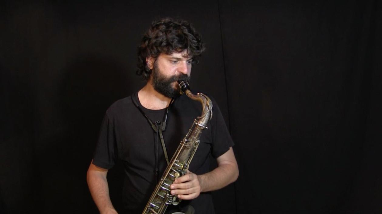 video del Ejercicio 2, sexto ambiente armónico con saxo tenor